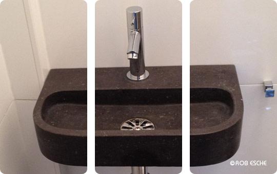 Badkamer Hilversum : Douchewand plaatsen en badkamermeubel plaatsen